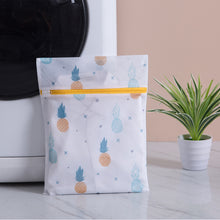 Load image into Gallery viewer, 6-Pc Laundry Mesh Bag Set - Pineapple