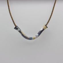 Load image into Gallery viewer, Crackle Necklace