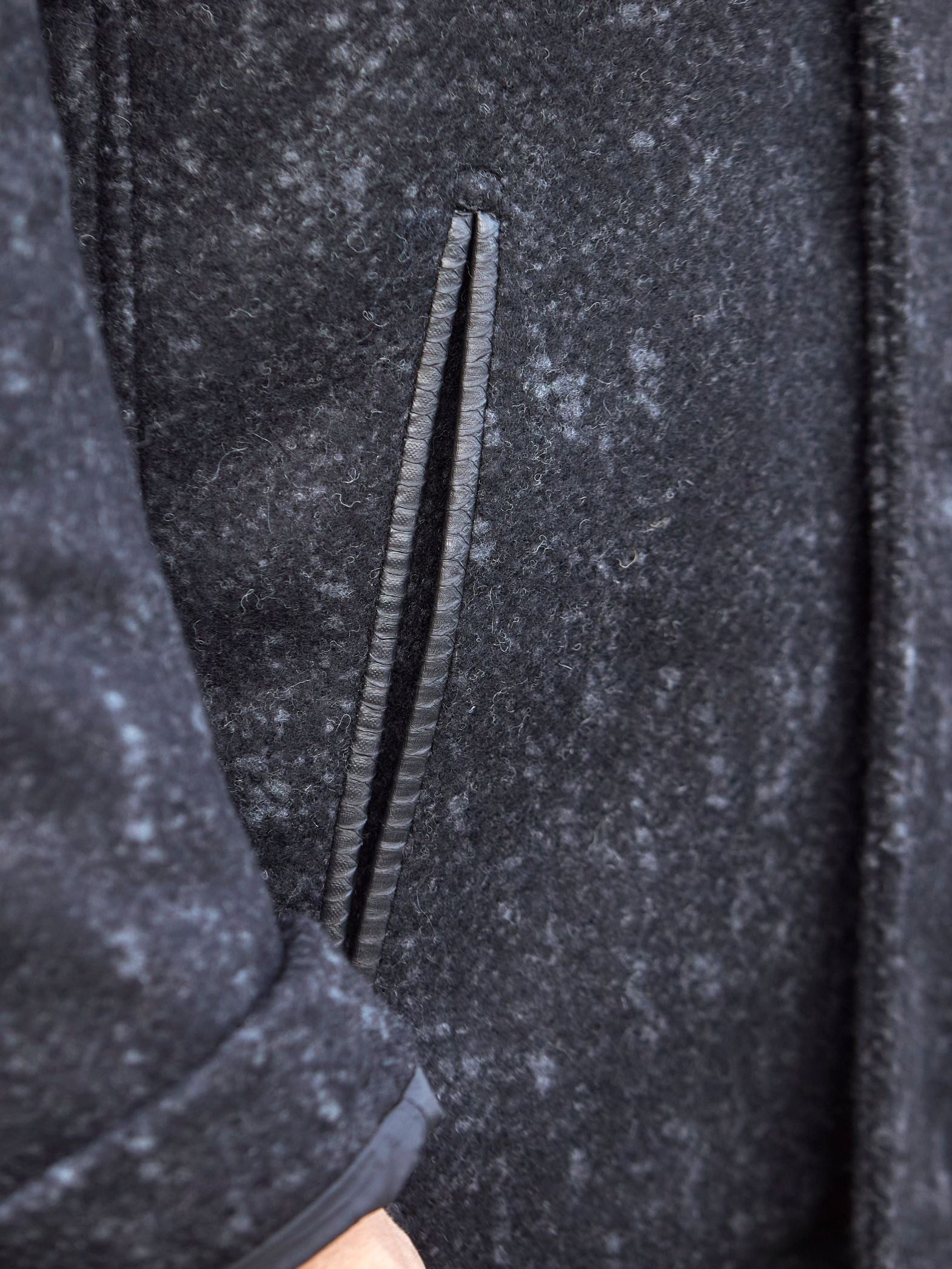 Serpente d'acqua trimmed pockets