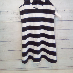 Primary Photo - BRAND: LULULEMON STYLE: ATHLETIC TANK TOP COLOR: STRIPED SIZE: S OTHER INFO: WHITE/BLK SKU: 216-21612-87600