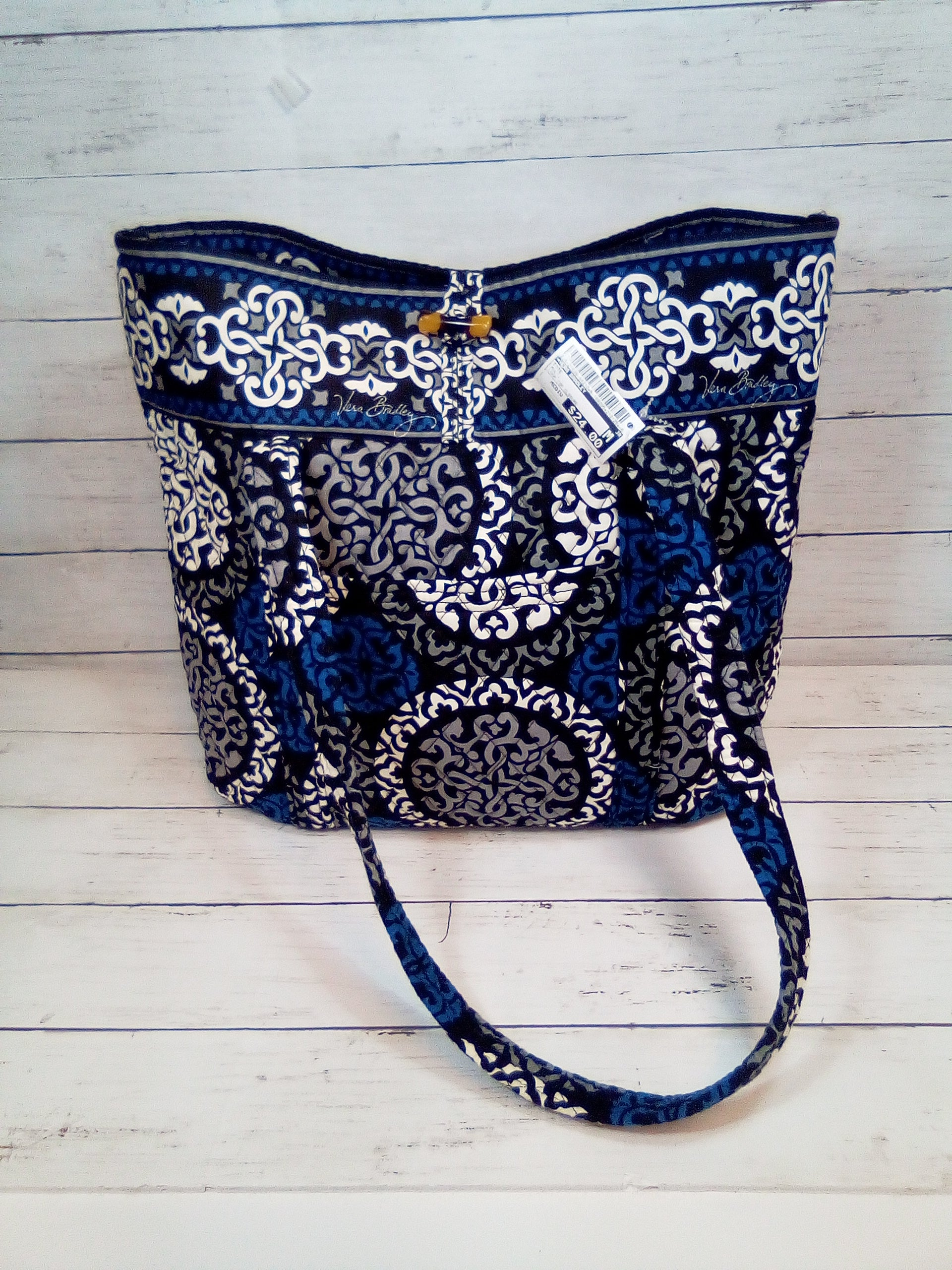 Primary Photo - BRAND: VERA BRADLEY <BR>STYLE: TOTE <BR>COLOR: MULTI <BR>SIZE: MEDIUM <BR>OTHER INFO: LOOP TOP CLOSURE <BR>SKU: 216-21638-64210
