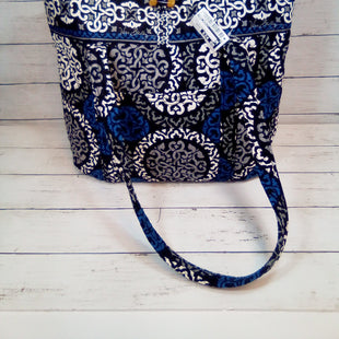 Primary Photo - BRAND: VERA BRADLEY STYLE: TOTE COLOR: MULTI SIZE: MEDIUM OTHER INFO: LOOP TOP CLOSURE SKU: 216-21638-64210