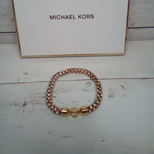 Primary Photo - BRAND: MICHAEL BY MICHAEL KORS STYLE: BRACELET COLOR: GOLD OTHER INFO: PARK AVENUE MKJ4782710 SKU: 216-21611-29672