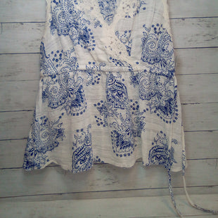 Primary Photo - BRAND: CABI STYLE: TOP SLEEVELESS COLOR: WHITE BLUE SIZE: L SKU: 216-21612-88137