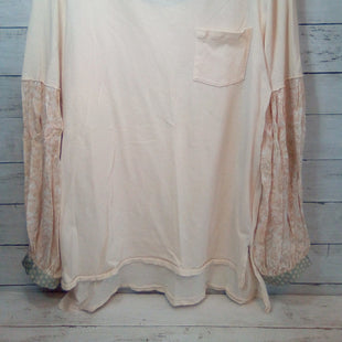 Primary Photo - BRAND: WE THE FREE STYLE: TOP LONG SLEEVE COLOR: MULTI SIZE: S OTHER INFO: PEACH BASE SKU: 216-21638-66825