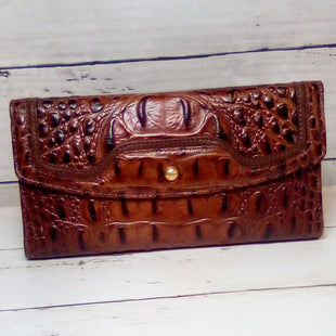 Primary Photo - BRAND: BRAHMIN STYLE: WALLET COLOR: BROWN SIZE: LARGE OTHER INFO: MELBOURNE CHCKBK EMBOSSED CROC SKU: 216-21612-88197