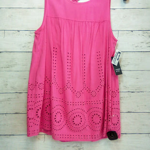 Primary Photo - BRAND: CROWN AND IVY STYLE: TOP SLEEVELESS COLOR: PINK SIZE: S OTHER INFO: NEW! SKU: 216-21638-66480
