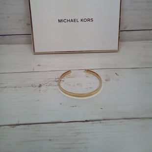 Primary Photo - BRAND: MICHAEL BY MICHAEL KORS STYLE: BRACELET COLOR: GOLD OTHER INFO: SLIM CUFF SKU: 216-21611-29674
