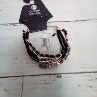 Primary Photo - BRAND: DRESS BARN STYLE: BRACELET COLOR: BLACK SILVER SKU: 216-21612-83378