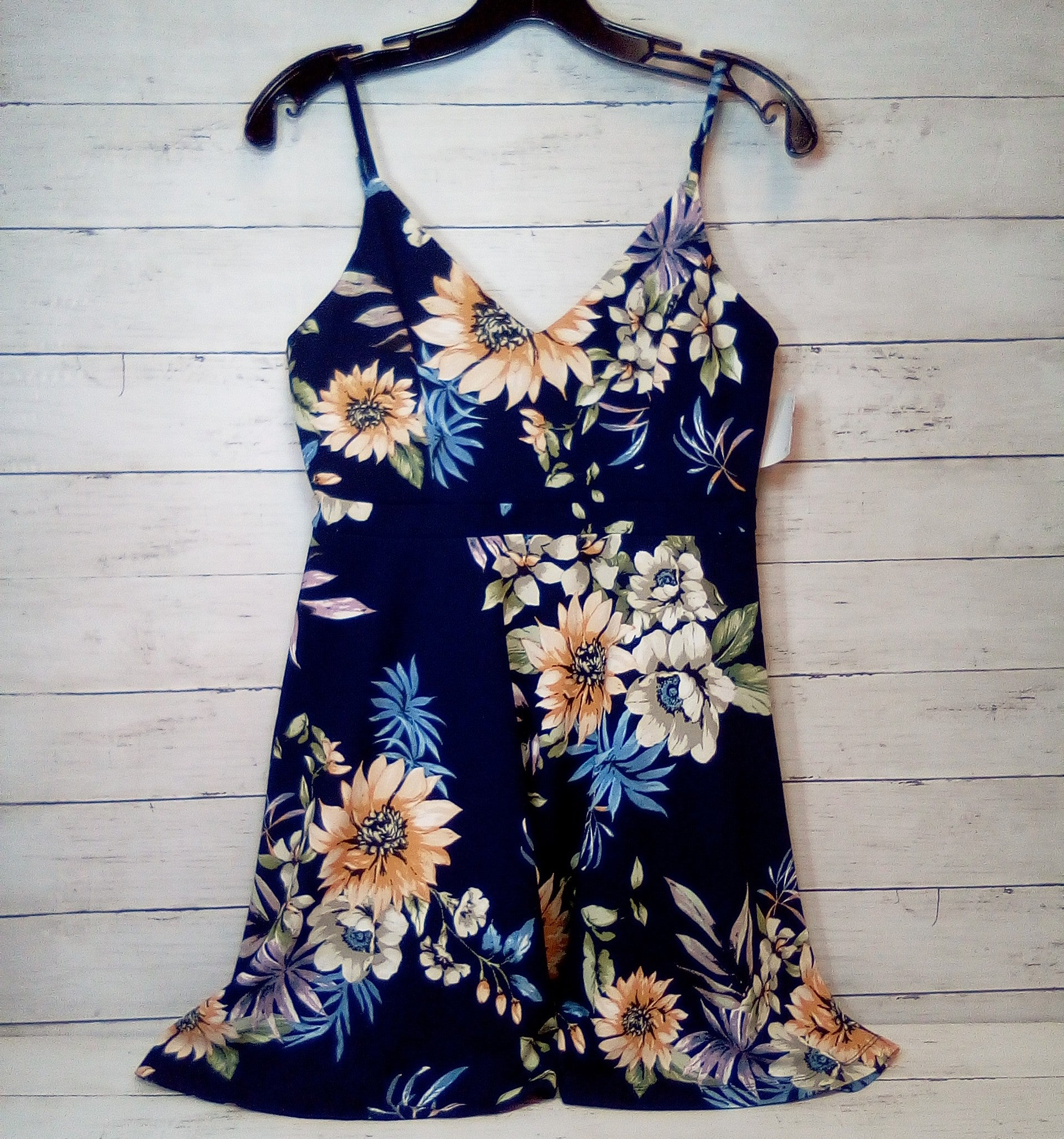 Primary Photo - BRAND: IJOAH<BR>STYLE: DRESS SHORT SLEEVELESS <BR>COLOR: FLORAL <BR>SIZE: M <BR>OTHER INFO: NEW! NAVY BASE <BR>SKU: 216-21638-65116