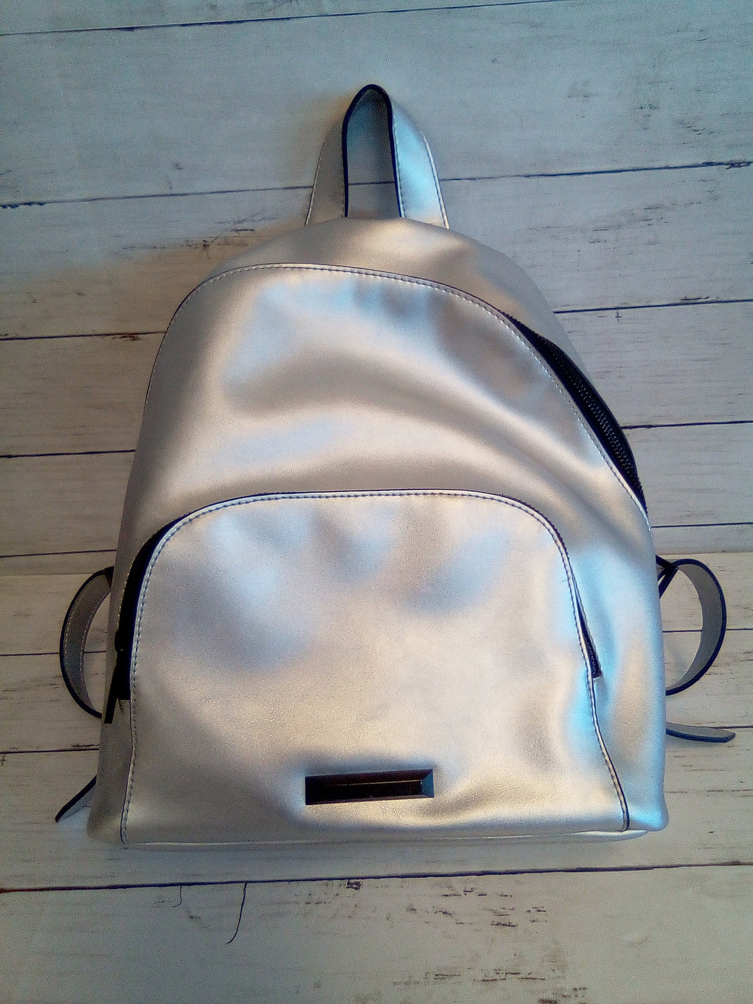 Primary Photo - BRAND:  KENDALL + KYLIE<BR>STYLE: BACKPACK <BR>COLOR: SILVER <BR>SIZE: MEDIUM <BR>OTHER INFO: KENDALL + KYLIE - <BR>SKU: 216-21612-86054