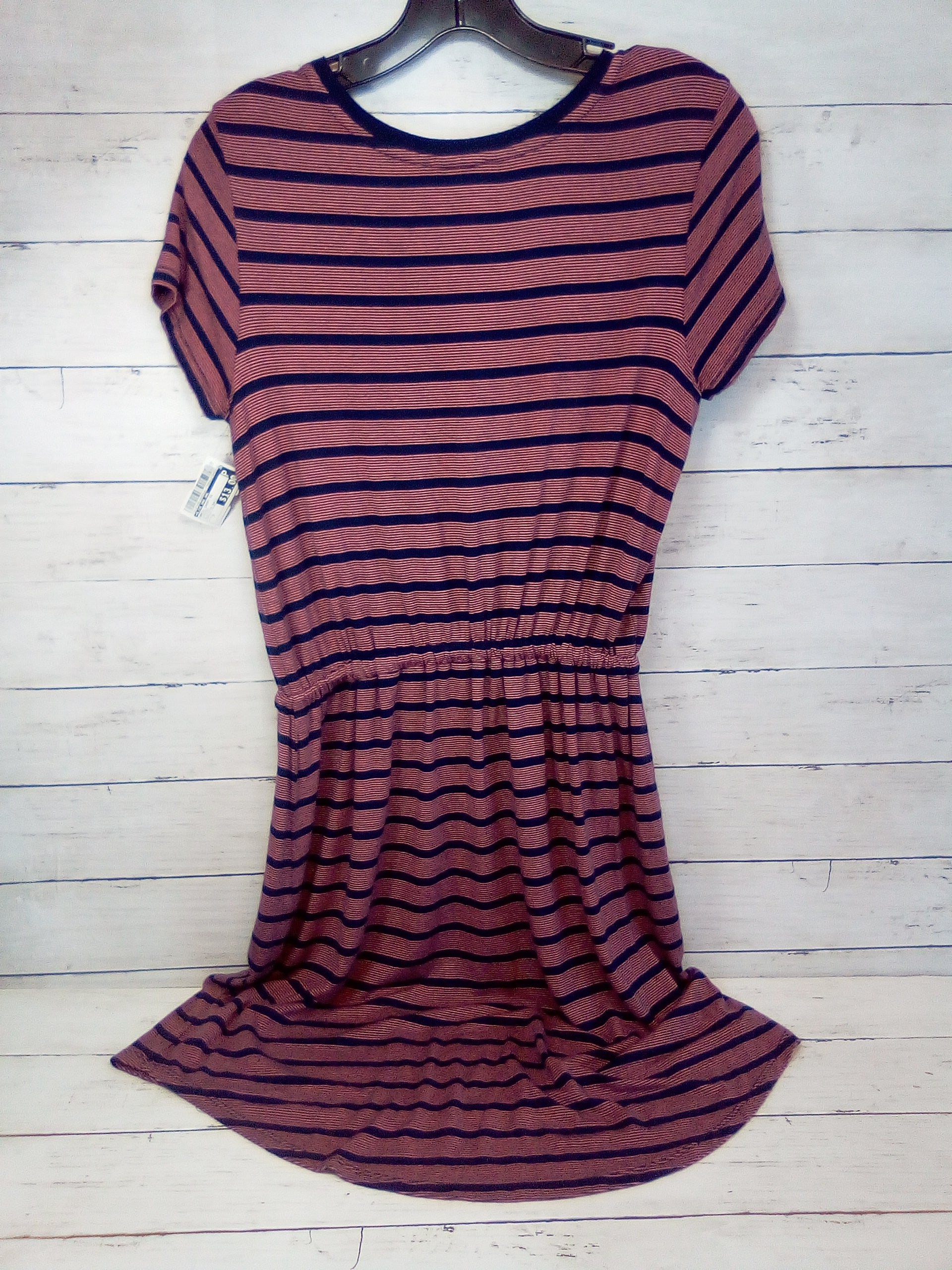 Photo #1 - BRAND: OLIVE AND OAK <BR>STYLE: DRESS SHORT SHORT SLEEVE <BR>COLOR: STRIPED <BR>SIZE: S <BR>OTHER INFO: BLUE/PINK BASIC <BR>SKU: 216-21638-66003