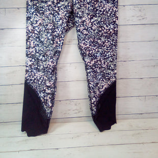 Primary Photo - BRAND: LULULEMON STYLE: ATHLETIC CAPRIS COLOR: FLORAL SIZE: 10 OTHER INFO: BLACK/WHITE BASE SKU: 216-21638-65876