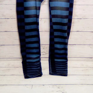 Primary Photo - BRAND: NORTHFACE STYLE: ATHLETIC PANTS COLOR: STRIPED SIZE: 8 OTHER INFO: BLK/BLUE SKU: 216-21612-84690
