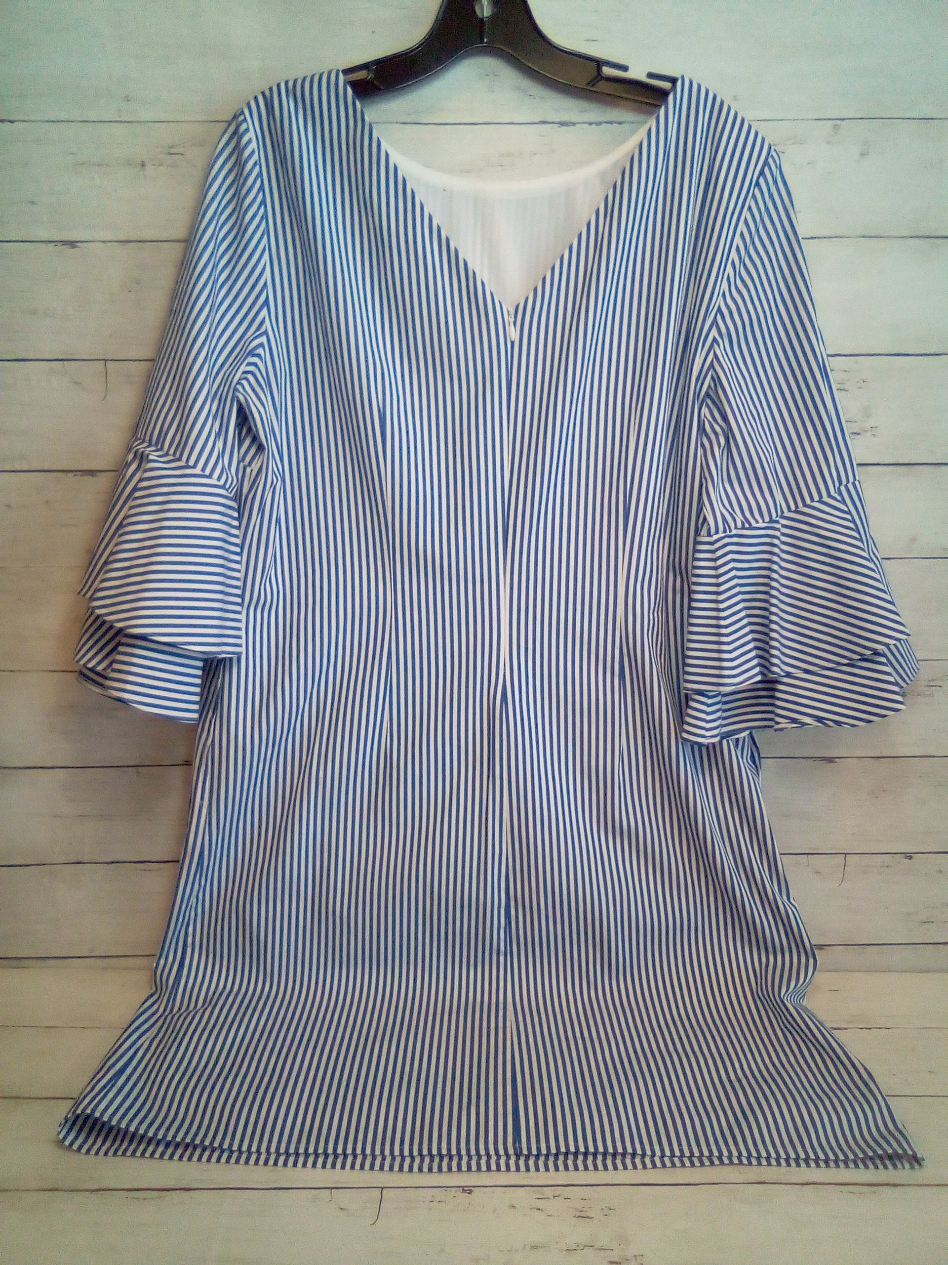 Photo #1 - BRAND: NINE WEST APPAREL <BR>STYLE: DRESS SHORT LONG SLEEVE <BR>COLOR: STRIPED <BR>SIZE: L <BR>OTHER INFO: BLUE/WHITE <BR>SKU: 216-21644-14783