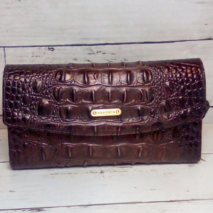 Primary Photo - BRAND: BRAHMIN STYLE: WALLET COLOR: BROWN SIZE: LARGE OTHER INFO: MELBOURNE FLAP CROC EMBOSSED CHKBK SKU: 216-21612-88198