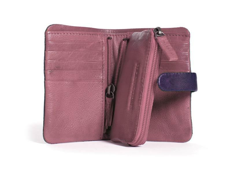 Sticks and Stones - Lederbörse Laguna Wallet - Deep Purple Innenansicht