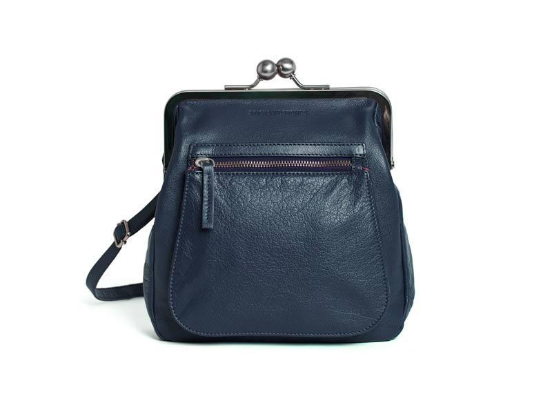 Sticks and Stones - Bügeltasche Lyon Bag - Dark Blue