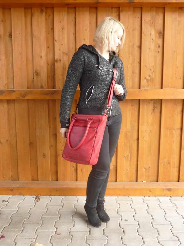 Sticks and Stones - Lederhandtasche Malibu Bag - Red als Crossbag