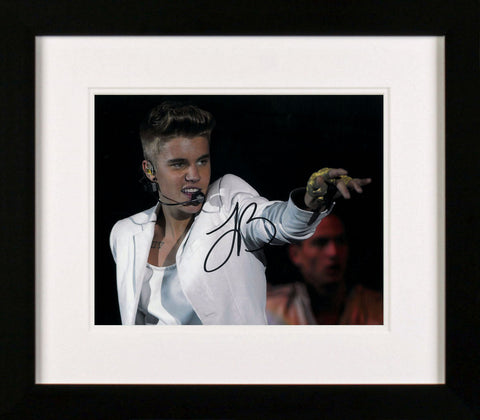 "Justin Bieber  10 x 8"" Signed Photograph"