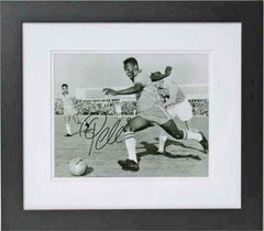 "Pele 10 x 8"" Signed Photograph"
