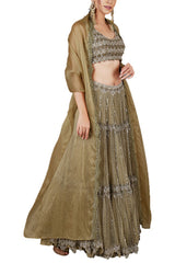 the-wedding-tribe-embroidered-lehenga