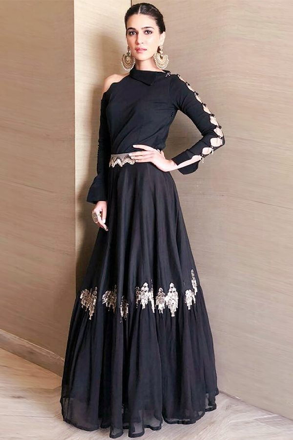 KRITI SANON IN OUR BLACK LEHENGA