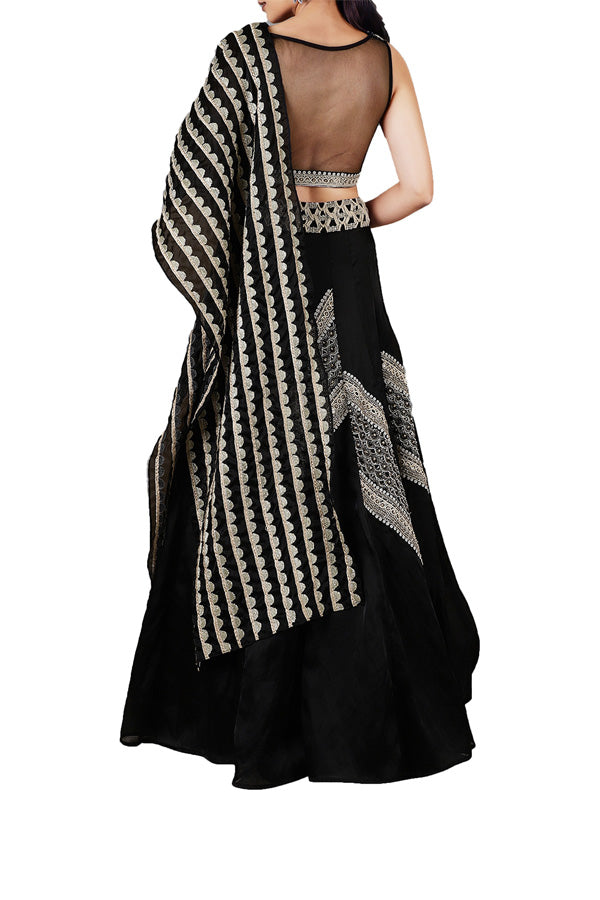 the-geo-gala-monotribe-black-embroidered-lehenga