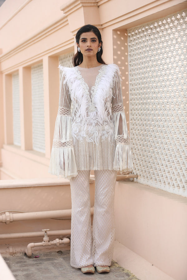 ivory-embroidered-kurta-with-pants