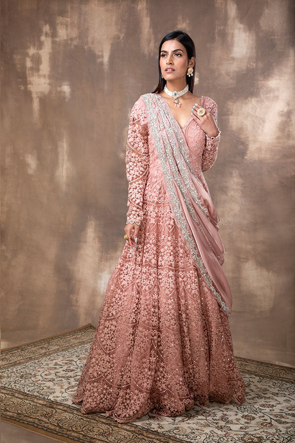 pink-embroidered-scalloped-anarkali