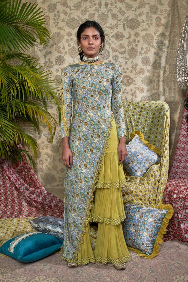 mushriq-printed-asymmetric-kurta-set