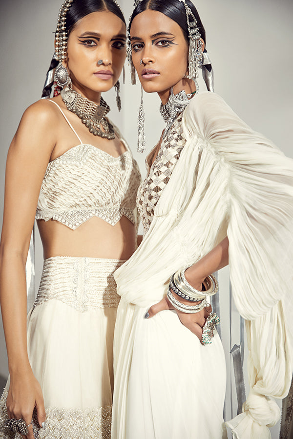 the-geo-gala-monotribe-ivory-draped-saree-middle