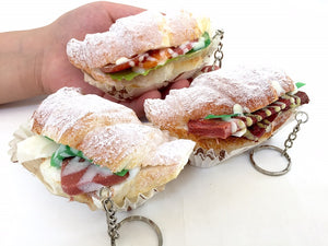 83122 SUGAR CROISSANT SANDWICH SQUISHY-Slow-4.25 inch-6