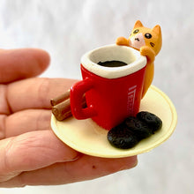 Load image into Gallery viewer, 70703 CAFÉ CAT FIGURINES-6