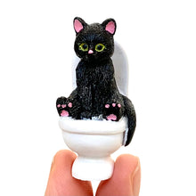 Load image into Gallery viewer, 70830 TOILET CAT CAPSULE-5