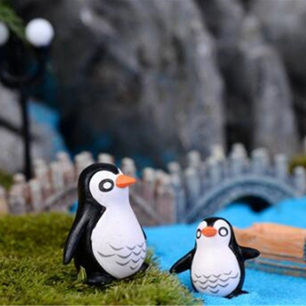 5pcs Animal Large Small Size Miniature Figurine Home Decor DIY Crafts Terrarium Figurines Micro Landscape Resin Penguin Model Garden Figurines Landscape Decoration