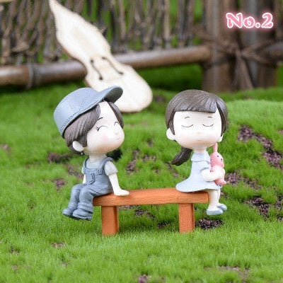 2pcs / Set Guitar Couple Decoration Plastic DIY Decoration Creative Cake Decoration Keychain Pendant