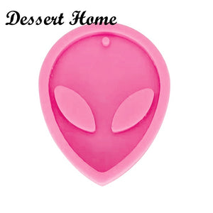 Shiny Alien Keychains mold silicone mould for Key chain Pendant polymer clay DIY Jewelry  Making epoxy Resin mold
