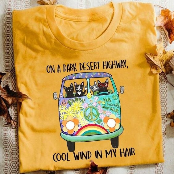 2020 women fashion On A Dark Desert Highway Cool Wind In My Hair Hippie Bus Pug t shirt short sleeve casual funny top