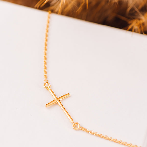 Sterling Silver Cross Necklace - NECKLACE - [variant.title]- Borboleta