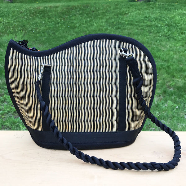 Catch the Wave Grass Purse - Natural/Black, Cambodia