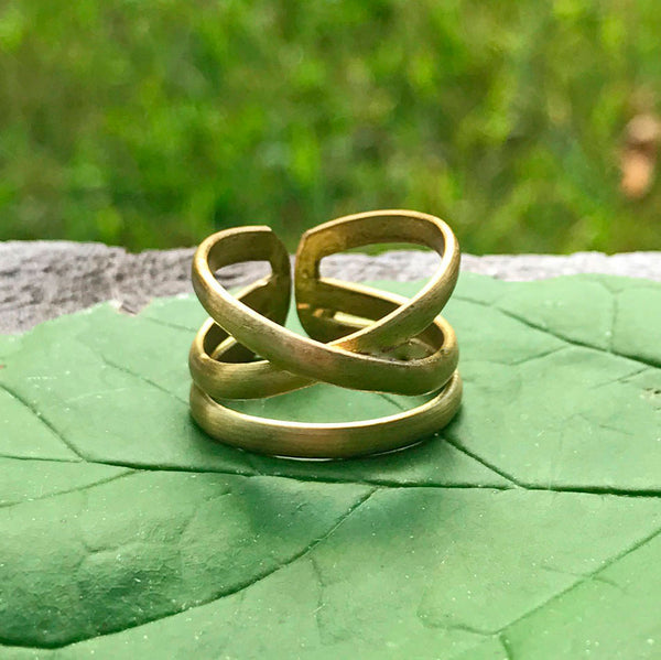 Criss Cross Ring - Gold, India