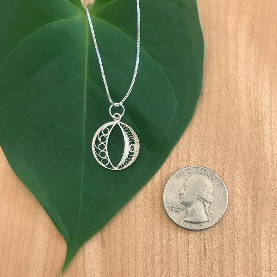 Filigree Circle Necklace - Sterling silver, Peru