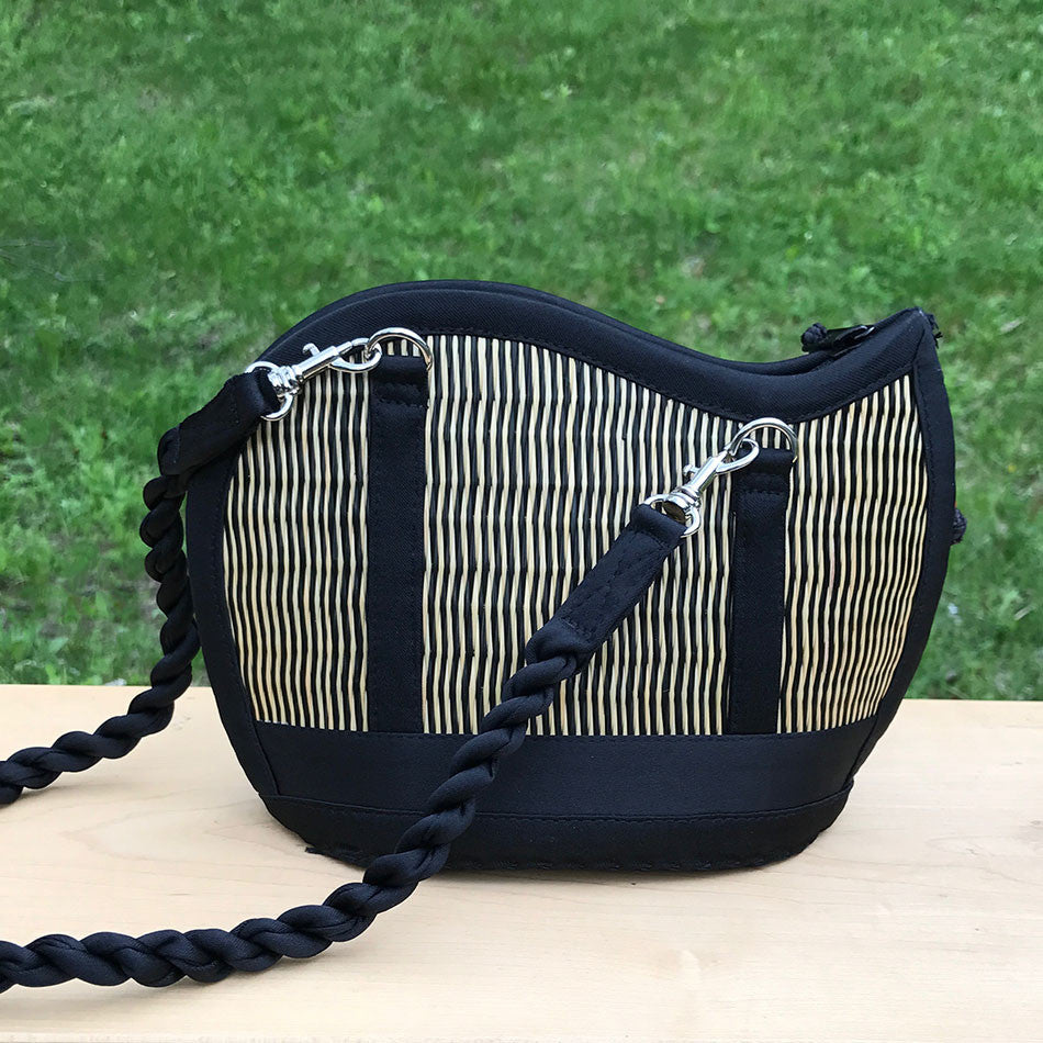 Mini Catch the Wave Grass Purse - Natural/Black, Cambodia