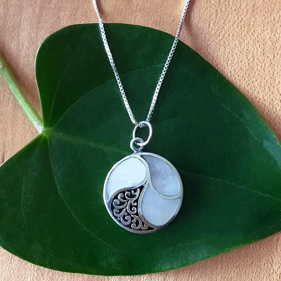 fair trade sterling silver mother of pearl necklace