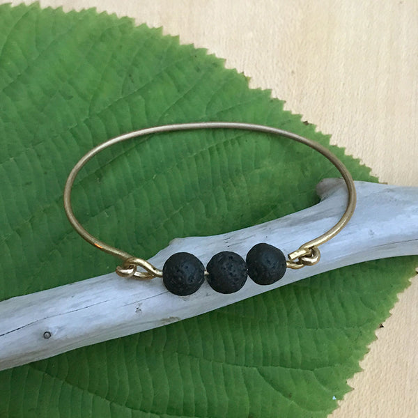 Fair trade bracelet with lava and brass handmade in Guatemala