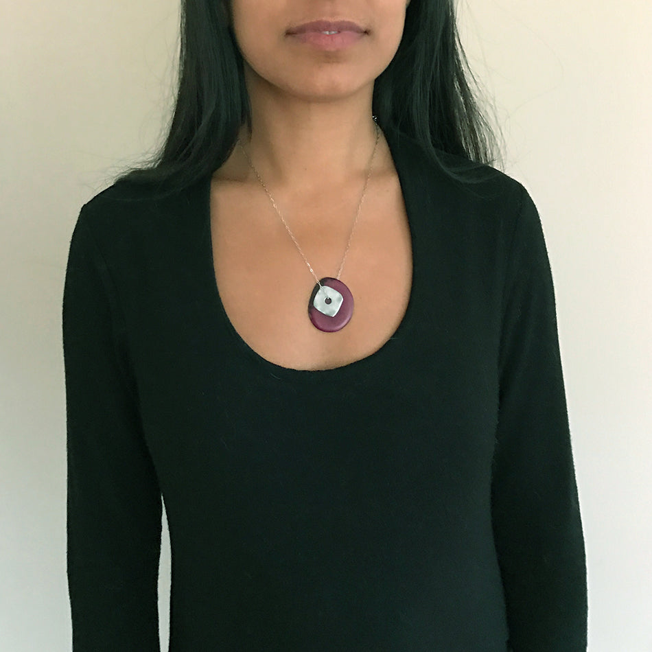 Tagua Dreams Necklace - Raspberry/Silver, Colombia