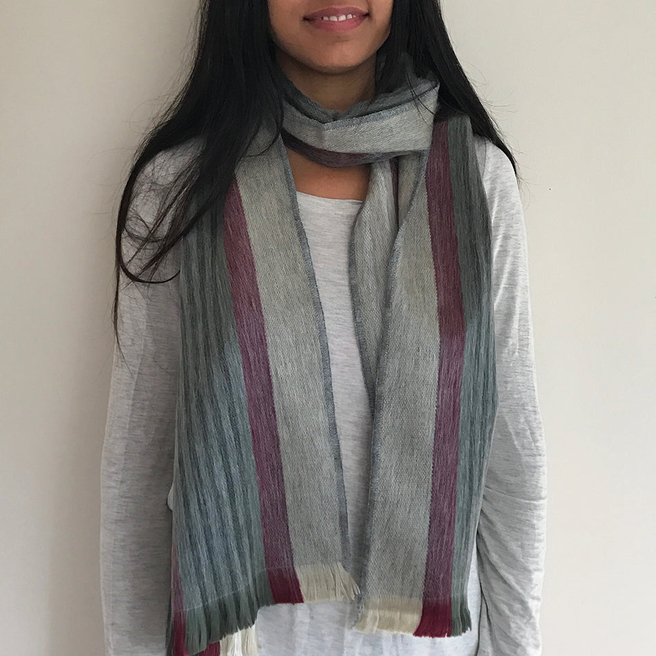 Luxurious Alpaca Scarf - Vineyard, Ecuador