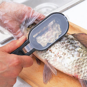 2 in 1 Plastic Fishing Scale Brush Built-in Fish cutter - Etrendpro