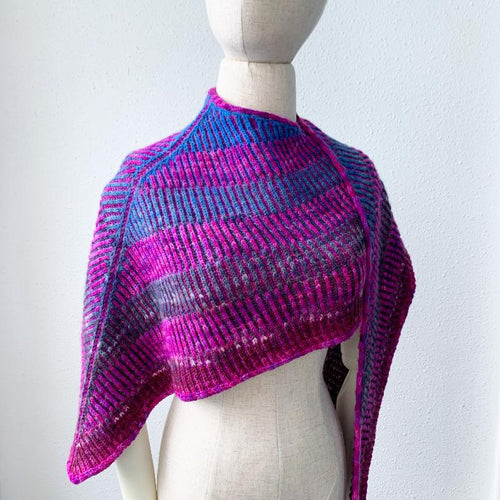 Floating Ribs Shawl Free Knitting Pattern - Infinite Twist